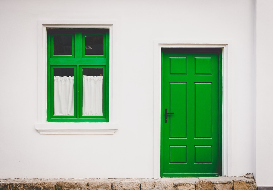 painting your front door