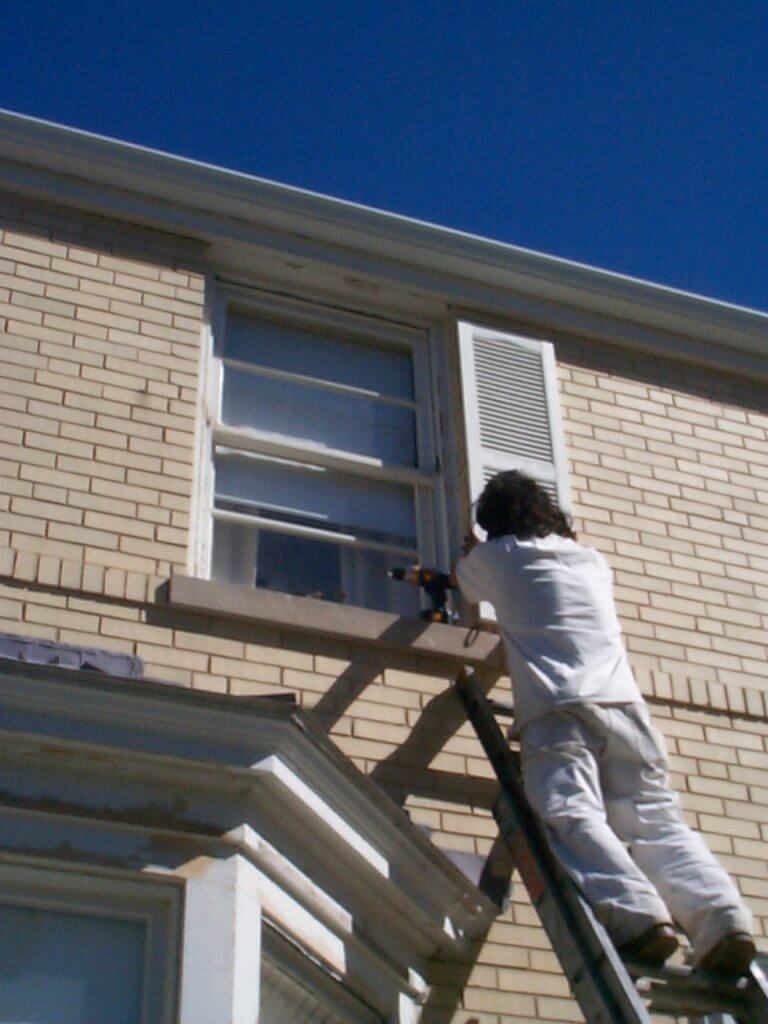 Shutter Replacement & Repair Evanston